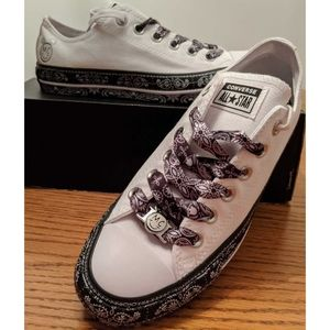 Converse All Star shoes size 8 NEW